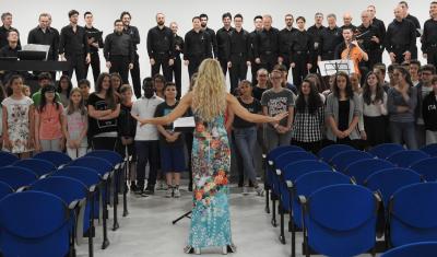 Il coro polifonico di Ruda alle medie di Tricesimo